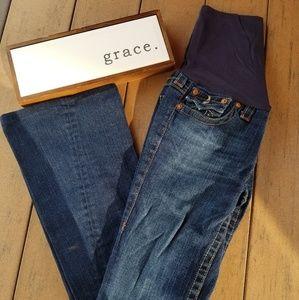 True Reglion Maternity Jean's. Size 29